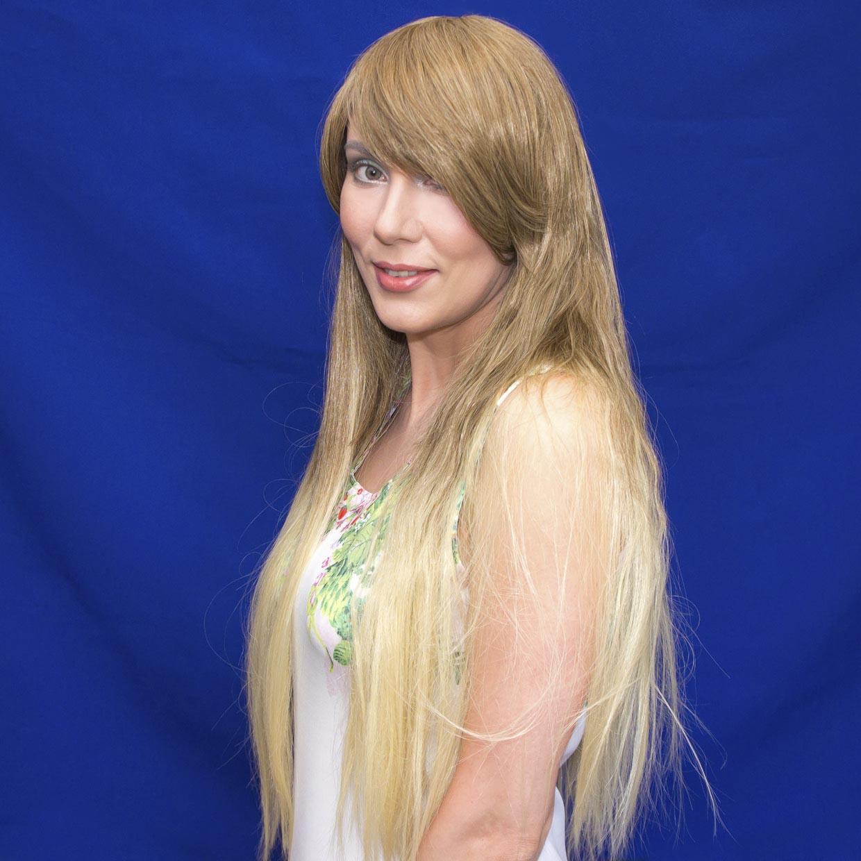 романтичная блондинка